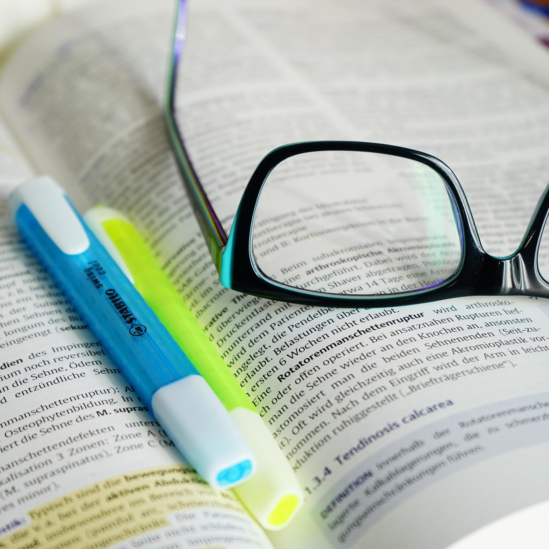 Oikiksessa Opiskelu